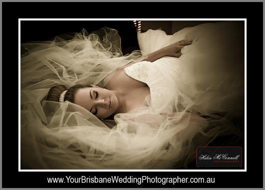 #bridal #bridalhair #weddinghair #wedding #hair #makeup #harpier #highbun #airbrushmakeup #lashes #mobilestylist #brisbane #goldcoast #sunshinecoast @harpierbhf www.harpier.com