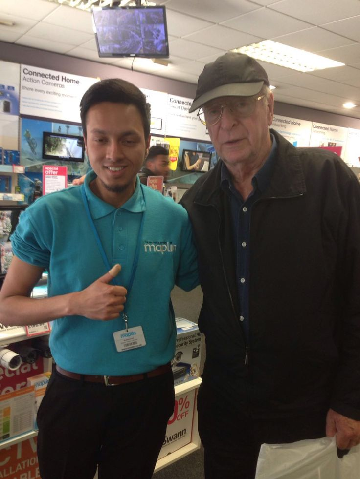 Sir Michael Caine comes to Maplin!