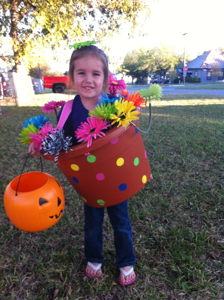 Flower pot costume!  Super easy!!!