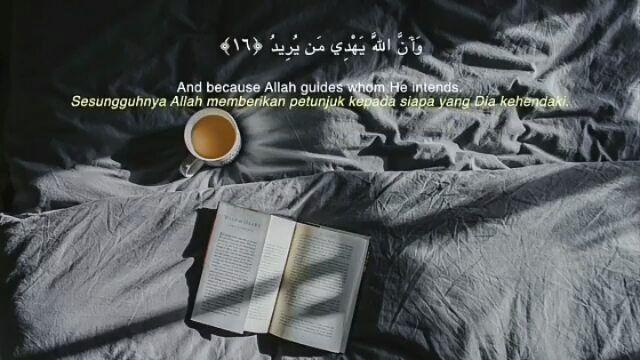 . . Al Hajj 16-17 By @tareq_rukh . Dan demikianlah Kami telah menurunkannya (Al-Qur'an) yang merupakan ayat-ayat yang nyata; sesungguhnya Allah memberikan petunjuk kepada siapa yang Dia kehendaki. Sesungguhnya orang-orang beriman orang Yahudi orang Sabiin orang Nasrani orang Majusi dan orang musyrik Allah pasti memberi keputusan di antara mereka pada hari Kiamat. Sungguh Allah menjadi saksi atas segala sesuatu . . . Mari Sebarkan Kebaikan Al Quran dengan Like Share dan Tag 5 Sahabatmu…