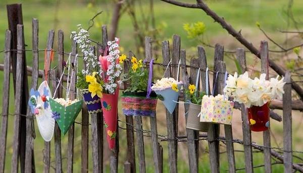 may day baskets from World HeraldHolidaysseasonalparti Ideas, Decoratingdisplay Ideas, Spring Fling, Sweets Things, Gardens Projects, Baskets, Holiday Seasons Parties Ideas, Happy Holiday, Crafts
