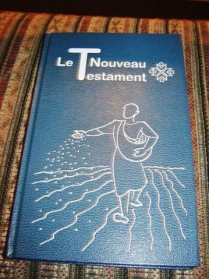 Large Print French New Testament / LE NOUVEAU TESTAMENT en francais courant / Annexes: Tableau Chronologique, Tableau Synoptique, Plans De Lecture, Vocabulaire, MAPS /Large Font