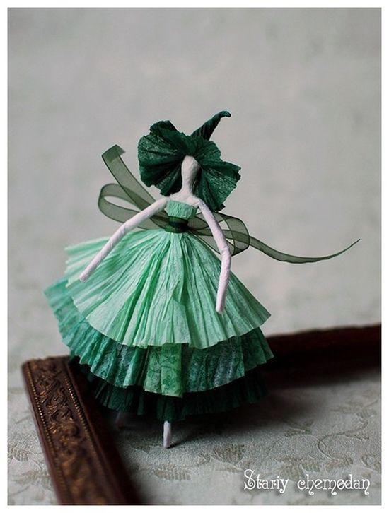 Wonderful DIY Creative Paper Ballerinas With Napkin and Wire   WonderfulDIY.com
