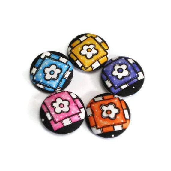 Fabric Covered Buttons Flowers in Squares by MissTreeCreations, $7.70