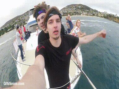 TARDY - Taddl and Ardy Titanic Pose http://t-zum-addl.tumblr.com/page/25#