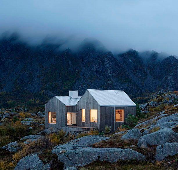 Alexander Mørk-Eidem's summer house, on the island of Vega | Architects Erik Kolman Janouch and Victor Boye Julebäk