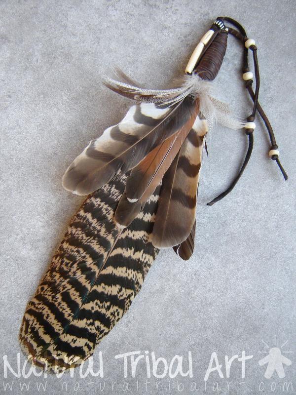 Plume de fumigation spirituelle indienne cuir de daim, os, rapace et aigle (imitation) 26 cm
