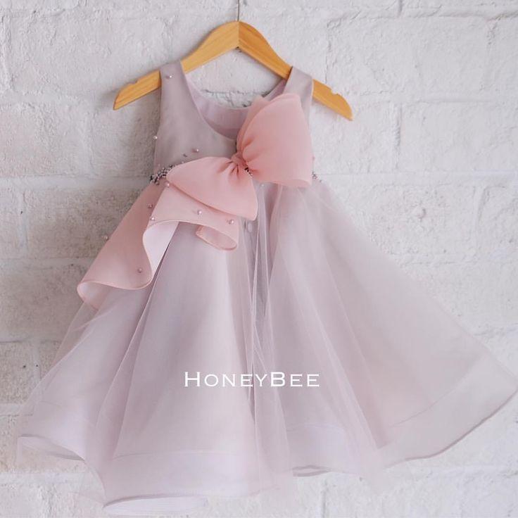 """148 lượt thích, 5 bình luận - HoneyBee (@honeybee_kids) trên Instagram: """"---Popy Dress--- idr 408.000 0-5y #feelinchic #chiclatecollections #honeybeekids #honeybee_kids…"""""""