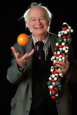 Linus Pauling - Vitamin C and its amazing benefits! - I wish everyone believed me when I say mega doses of vitamin C heal everything!!
