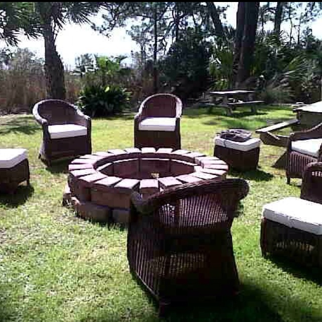 fire pit & ''sitting'' place....
