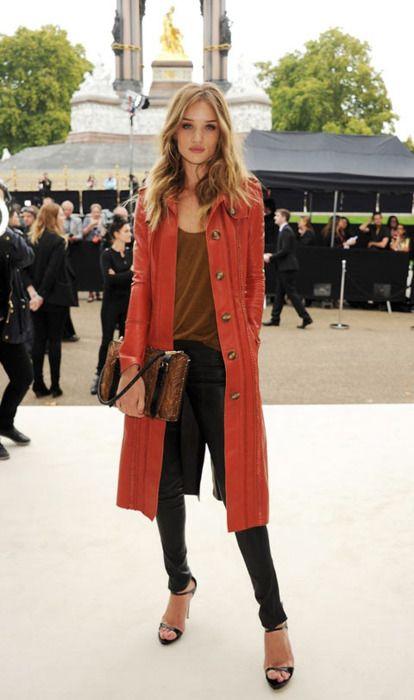 love her!: Rosie Huntington Whiteley, Burnt Orange, Street Style, Long Sweaters, Huntingtonwhiteley, Long Coats, Sweaters Coats, Long Cardigans, Red Coats