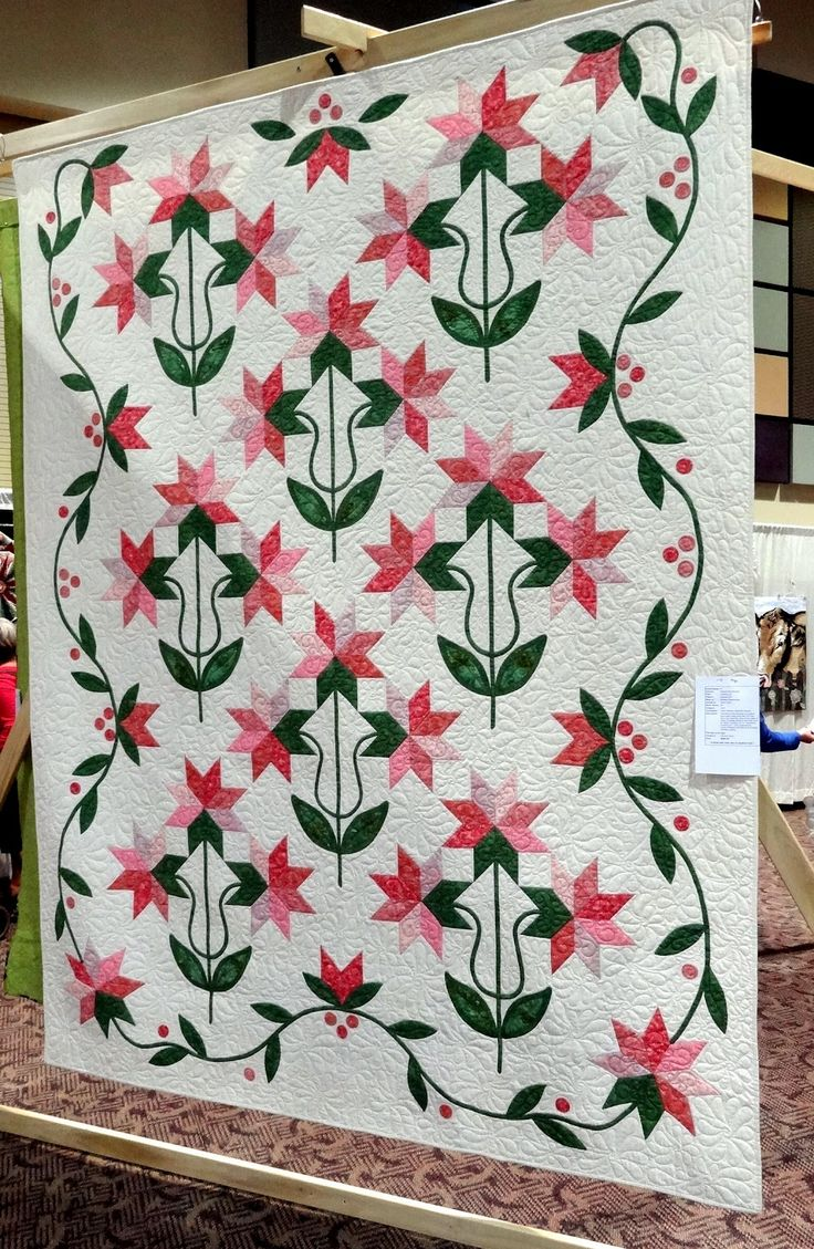 Carolina Lily quilts are among my very favorites! The inspired me into becoming  a quilter myself!