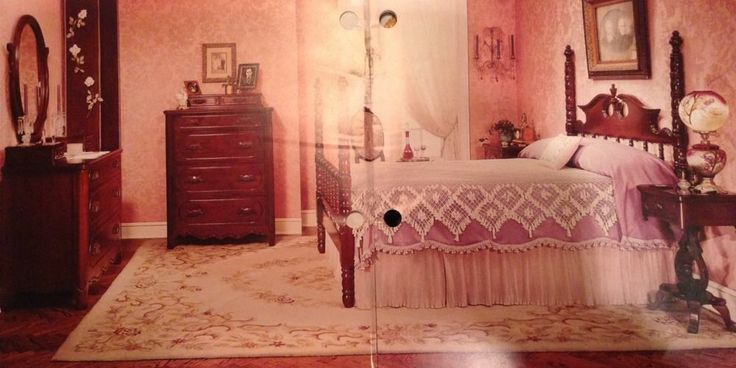 Full Size Davis Cabinet Bedroom Suite Lillian Russell Poster Black Walnut 1967