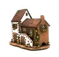 В нашей коллекции вы найдете керамические домики-подсвечники разных стилей европейские, сказочные, копии реальных зданий, волшебные. Все домики ручной работы лучших европейских мастеров. Каждый домик либо подсвечник, либо аромалампа.