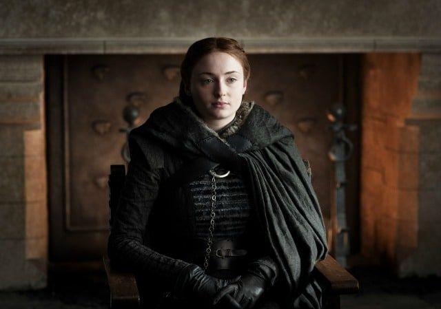 Séries como Game of Thrones, claro, usam muito efeitos especiais. Esse vídeo mostra um pouco de tudo usado na temporada que acabou recentemente.