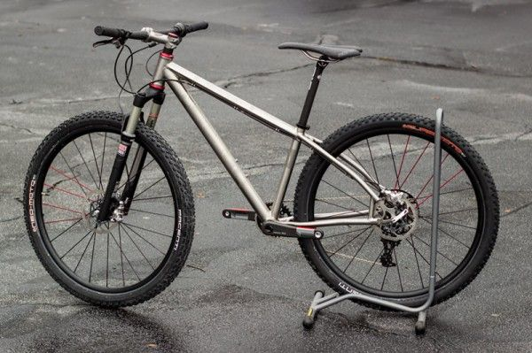 Cysco Cycles of Chattanooga, TN now makes custom titanium 650B mountain bikes.