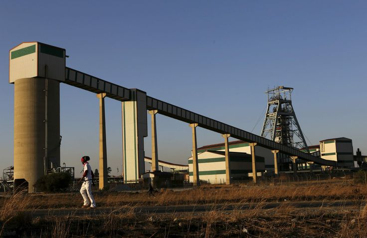 About 400 jobs at Harmony Gold's Doornkop mine on the West Rand are on the line. Click here for the full story: http://www.iol.co.za/business/companies/job-cuts-loom-at-harmony-1.1629781