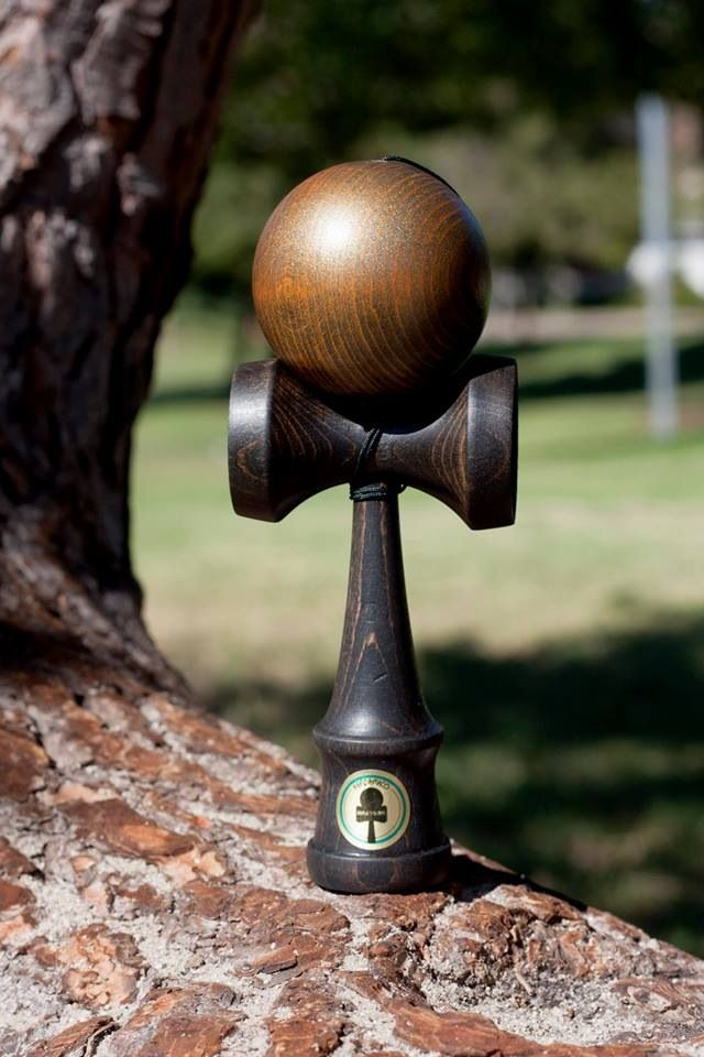 "Kendama Customs - by BRTHRS   The ""&"" Kendama Customs Crew is made of the loopkicks family and the FCTYL.PTRDCTYL  film crew.  http://brthrssstrs.bigcartel.com/ Www.teamloopkicks.com"