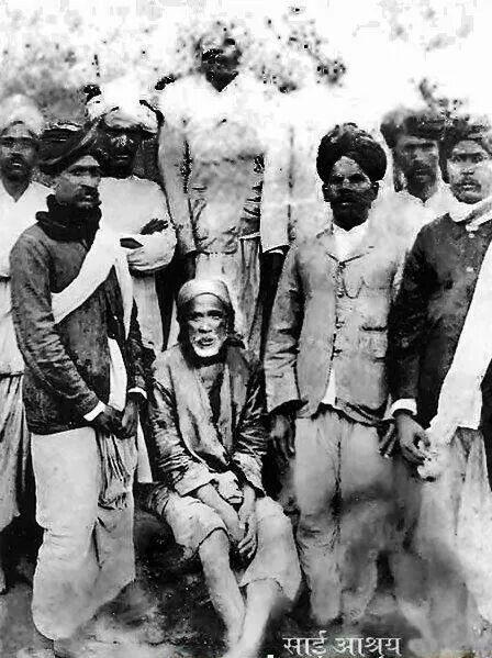Real image of Shirdi Sai Baba. Om sai ram.