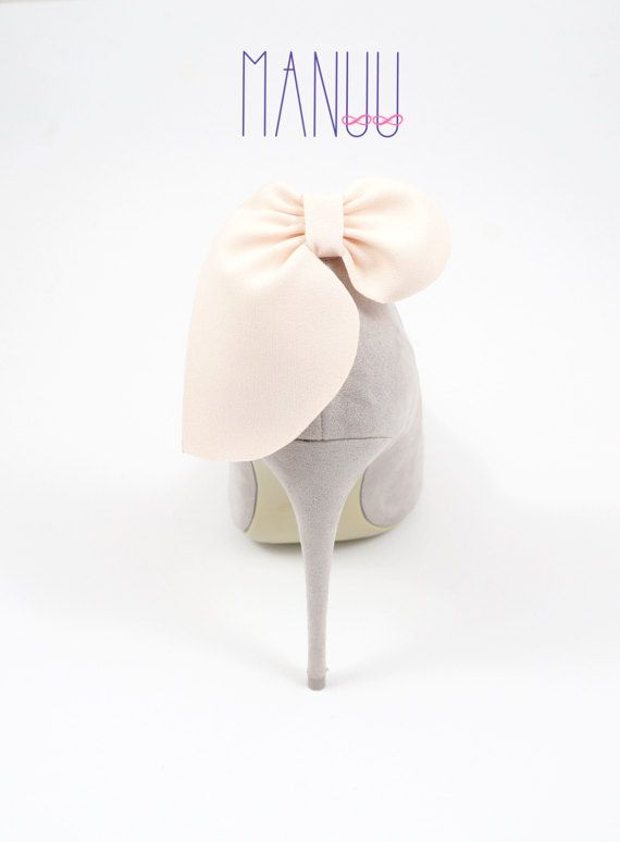 Light peach bows- shoe clips Manuu, wedding shoe clips, shoe accessories, women shoes, bridal shoes