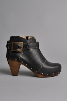 Sanita Owl Cone Boot Black
