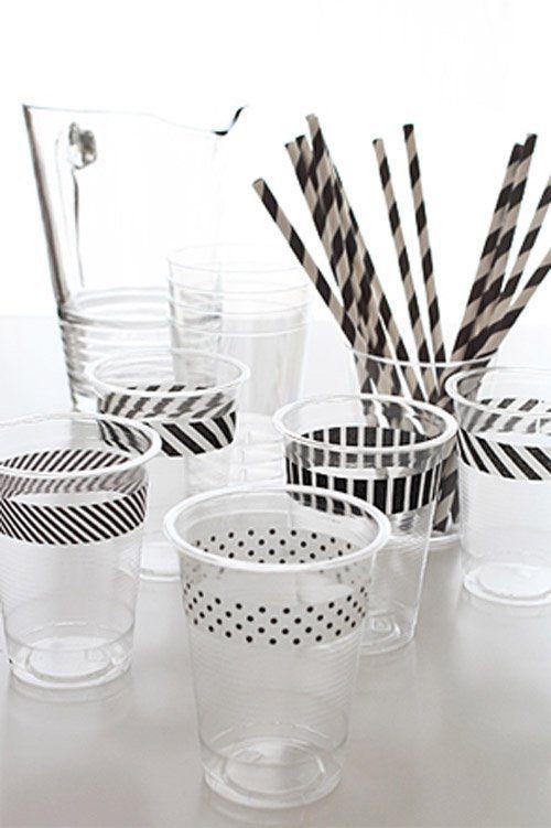 En una fiesta los detalles son esenciales, incluyendo las copas, las de cristal son hermosas y realzan cualquier mesa, los vasos desechables considerando su practicidad son los preferidos. Dado que los desechables por lo general no tienen el mismo glamour que los vasos o copas de cristal, la consigna es personalizar. Si la fiesta es …