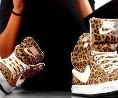 Schoenen!  :)