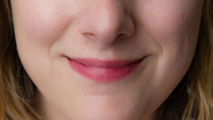 Make Your Own 100% Natural Lipstick At Home  http://www.rodalesorganiclife.com/wellbeing/make-your-own-100-natural-lipstick-at-home?utm_source=facebook.com