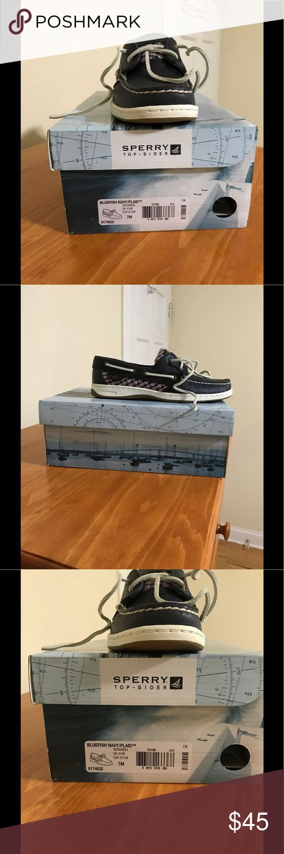 Boat shoes Navy blue sperry bluefish boat shoes Sperry Top-Sider Shoes Flats & Loafers