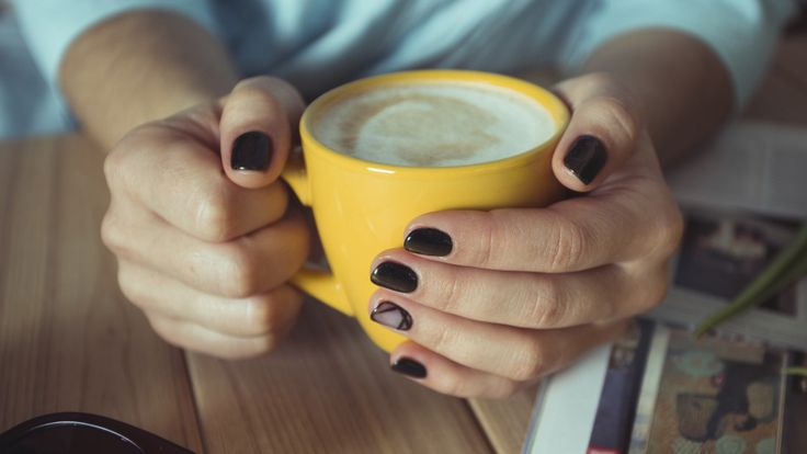 8 Things Your Nails Reveal About Your Health