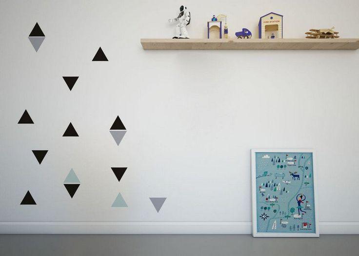 peinture décorative dessin géométrique de style minimaliste - triangles en noir et gris