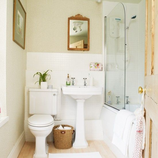 Inside A Tiny Florida Cottage Full Of Tropical Colors: 18 Best Small Cottage Bathrooms Images On Pinterest