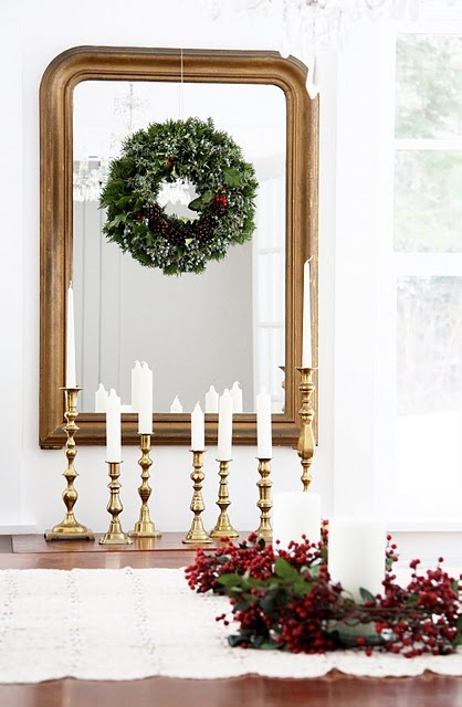 Simple Wreath and Candlesticks