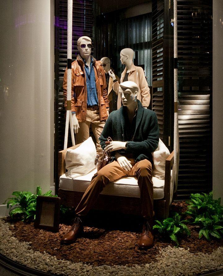 Massimo Dutti Windows 2015 Fall, London – UK » Retail Design Blog