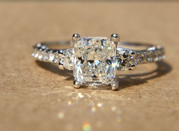 freaking gorgeous.: Diamond Engagement Rings, Cut Diamonds, Carat Radiant, Wedding, Beautiful, Diamonds Rings, Radiant Cut, Dreams Rings, Diamonds Engagement Rings
