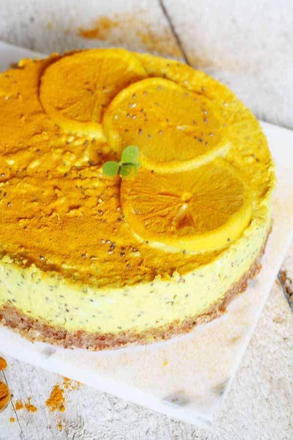 Cheesecake di Anacardi con Curcuma e Zenzero è una ricetta di cheesecake Senza Latticini, Senza Cottura e Senza Zucchero a Basso Indice e Carico Glicemico.