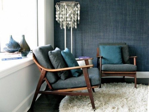 Crown wallpaper woven seagrass in navy interior style for Living room wallpaper texture