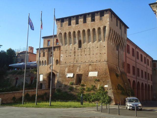 Lugo di Romagna (RA) - La Rocca Estense,  sede oggi del Comune