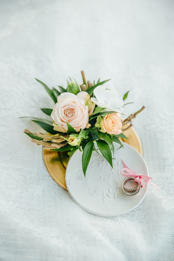 Elegant flower decoration for rings by Klara Uhlirova