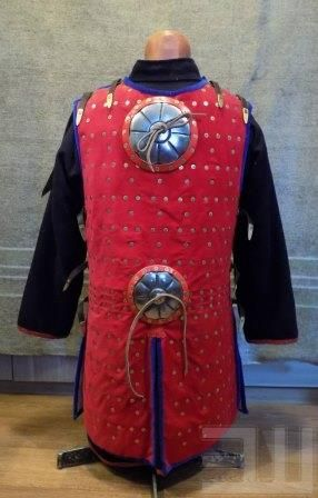 Степные воины из эпохи миграции - 14. Век – 259 photos:Hatanga Dehel Tatar Coat of plates with 1 decorated chest shield and 2 on the Back , decorated rivet heads , lined with wool
