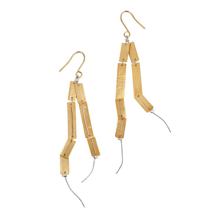 Dos Riberas: Gold Bar Earrings