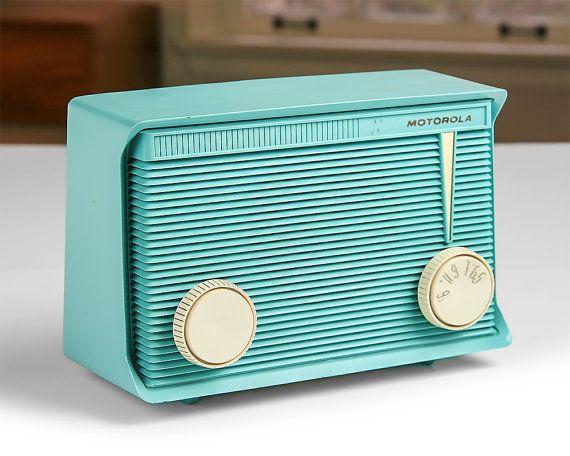 1950s Motorola AM Tube Radio / Model A15J49 / por Retroburgh
