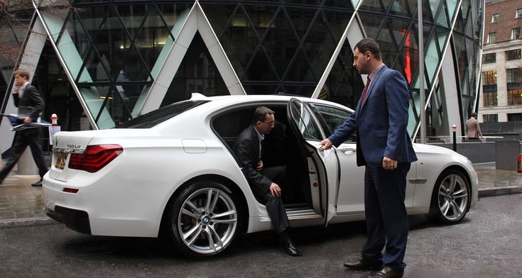 Are you looking for Melbourne Chauffeur Service? Get reasonable and trusted chauffeur car service in Melbourne and surrounds.  #ChauffeurServiceMelbourne #ChauffeurCarServiceMelbourne #MelbourneChauffeur