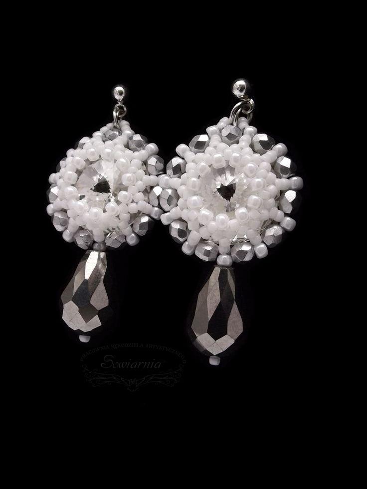 Beaded earrings with rivoli crystals