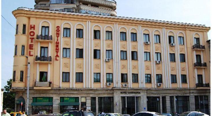 Hotel Continental Iasi, #Hoteluri #Iasi. Hotelul Continental este situat in centrul orasului Iasi, aproape de Piata Unirii si Catedrala Mitropolitana. Ofera unitati de cazare cu acces gratuit la internet Wi-Fi si frigider. Oaspetii au la dispozitie un meniu cu 10 tipuri de mic dejun. Cladirea care gazduieste Hotelul Continental este pe lista monumentelor istorice nationale. Parcul Copou si Muzeul Mihai Eminescu sunt in apropiere. De la receptie, oaspetii pot obtine o harta a orasului Iasi…