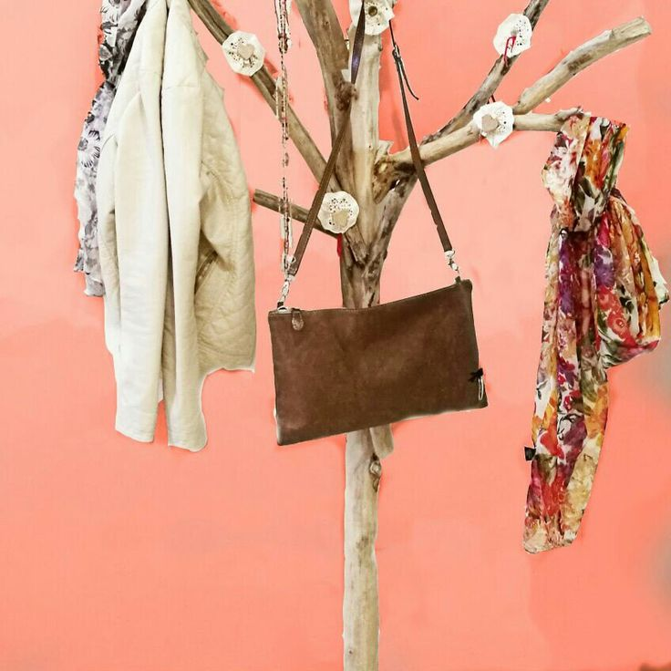 Appendiabiti in legno naturale riciclato - Wood coat hanger - Branches wood hanger - decor home - arredamento d'interni