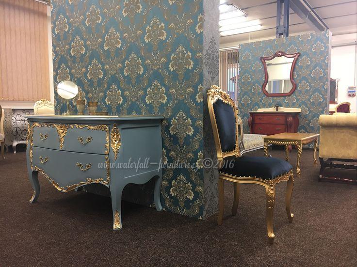 Retro zámecký nábytek, modrošedá komoda, zlatá zámecká jídelní židle, french commode, gold painted / black velvet chair, Classic Style furniture showroom