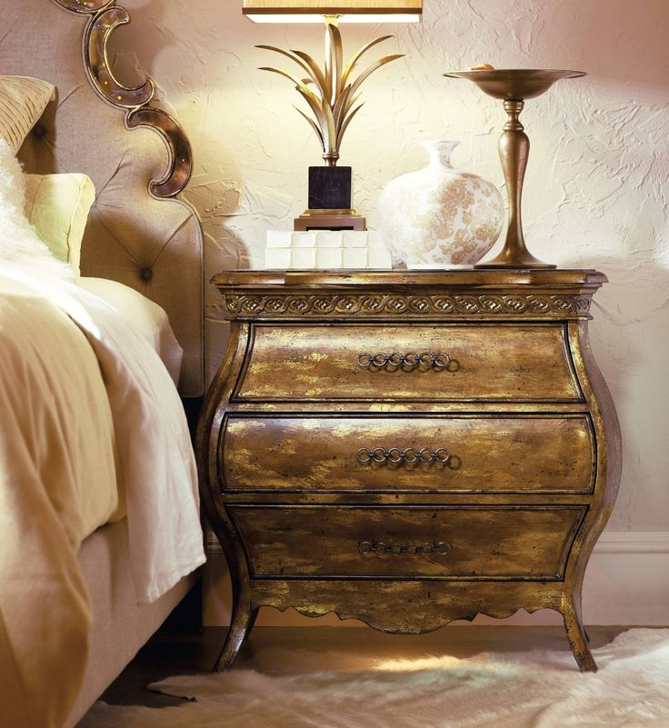 Hooker Furniture Bedroom Sanctuary Small Three Drawer Bombe Nightstand Bling 3016 90217