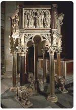 un'opera a metà tra architettura e scultura, che ben riassume la commistione tra le due discipline tipica del gotico: un pulpito eseguito per il Battistero di Pisa nel 1260 (come attesta un'iscrizione inserita nel monumento), prima opera certa di Nicola Pisano.    Leggi tutto: http://www.informagiovani-italia.com/arte_gotica.htm#ixzz2LLofZpUm