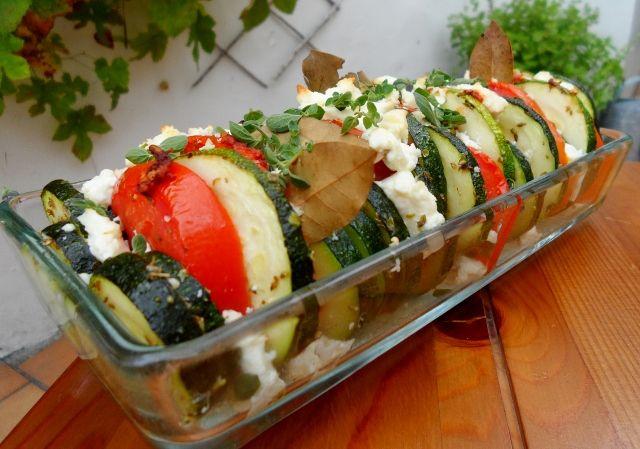 courgette, tomaat en feta (mozzarella) in de oven